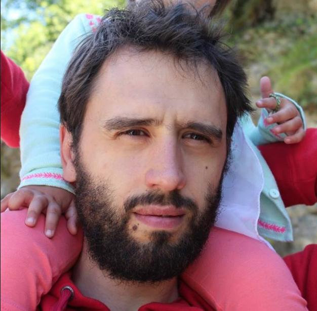 Aram López